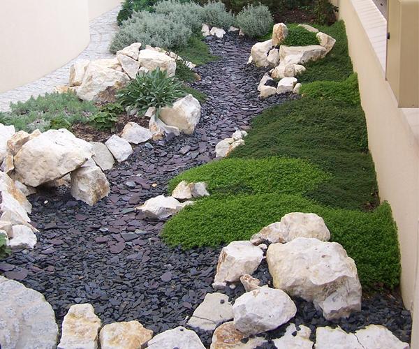 Les Jardins à l'Ancienne, Jardin méditerannéen, rochers, conception paysagère, nicolas gobert