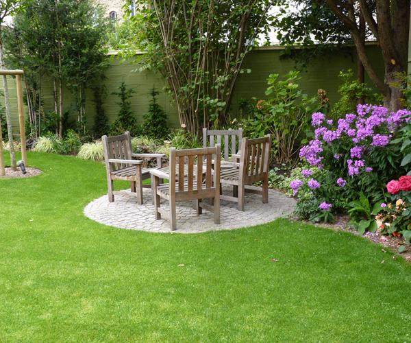 Les Jardins à l'Ancienne, Jardin urbain, pelouse, espace détente, conception paysagère, nicolas gobert